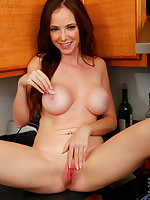 Anilos.com - Freshest mature women on the net featuring Anilos Jessica Rayne gallery mature