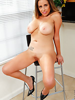 Anilos.com - Freshest mature women on the net featuring Anilos Sienna Lopez cougar milfs