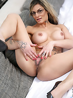 Anilos.com - Freshest mature women on the net featuring Anilos Klarisa Leone mature pussy