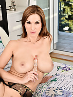 Anilos.com - Freshest mature women on the net featuring Anilos Carol Gold hot anilos