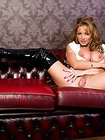 Lynda Leigh - British MILF, TV Glamour Model and Pornstar