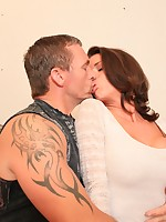 Club Veronica Avluv | Filled Up!