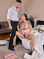 Detective Double Penetration - Stunner Banged in Twat And Ass free photos and videos on DDFNetwork.com